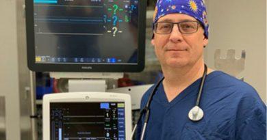 Врач превратил ИВЛ для 1 человека в аппарат, который может обслуживать сразу 9 пациентов