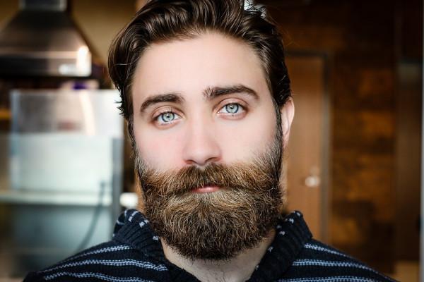 Человеческие бороды грязнее собак?