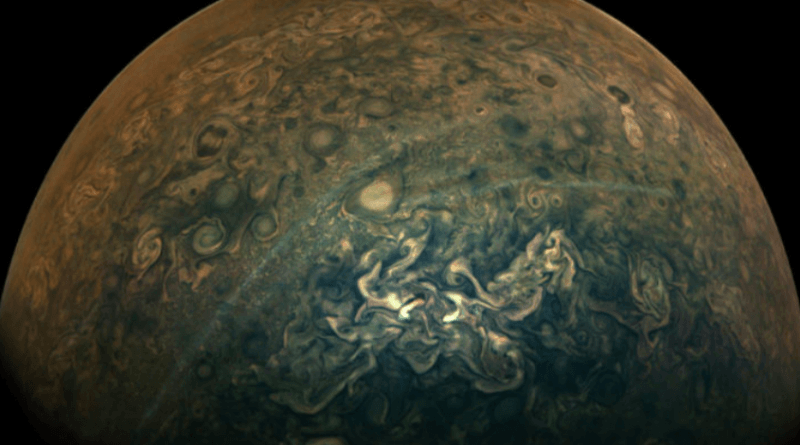 Новая фотография NASA показывает тонкие полосы на Юпитере