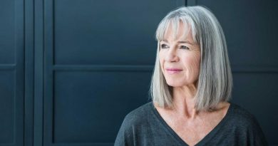 Согласно новому исследованию, седые волосы могут восстановить свой цвет