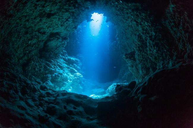 В поисках подземных океанов Земли